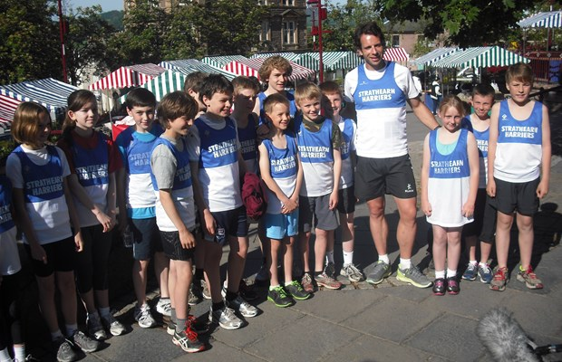 Harriers Juniors welcome Mark Beaumont to Crieff